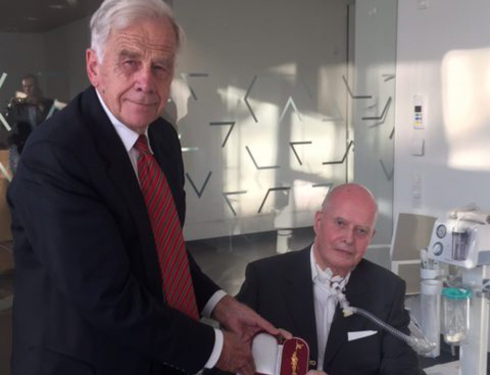 Auszeichnung für Hayek Vorstandsmitglied Dr. Franz-Eduard Kühnel